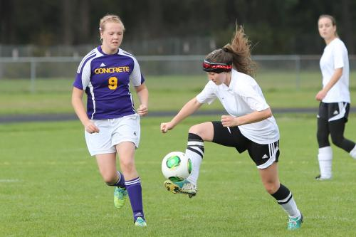 Fall sports approach for Wolves like Erin Rosenkranz. (John Fisken photo)