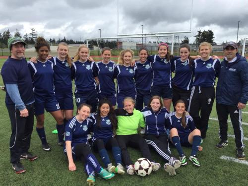 The GU19 Whidbey Islanders gather for one last home game.