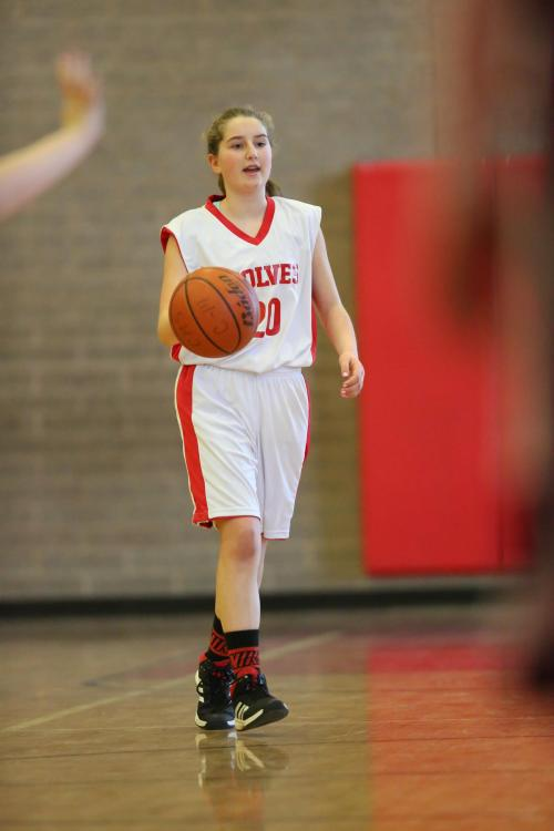 Tia Wurzrainer gets ready to trigger the Wolf offense. (John Fisken photo)