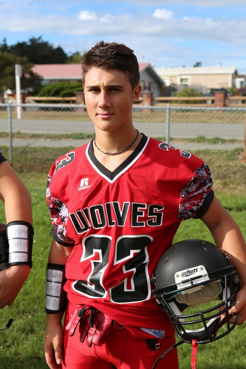 Teo Keilwitz stormed in from the two-yard line Monday for Coupeville's lone TD in an 18-6 loss. (John Fisken photo)