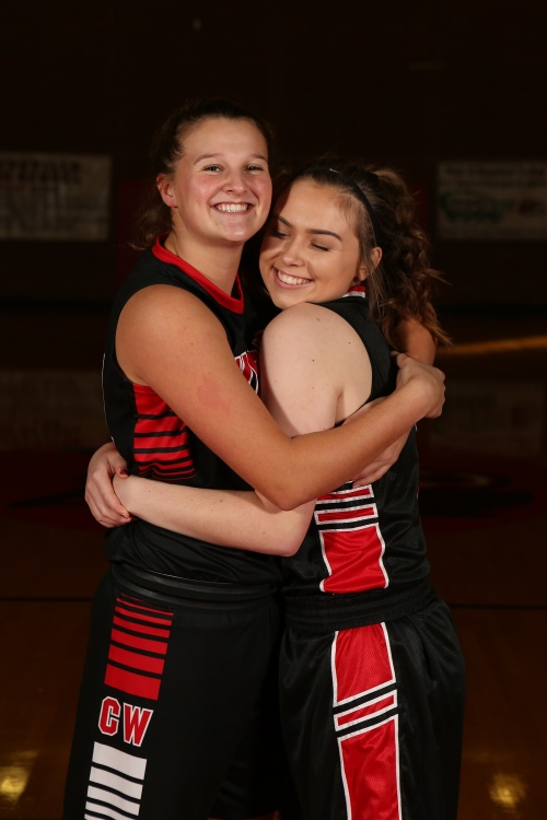 Lindsey and Maddy (John Fisken photos)